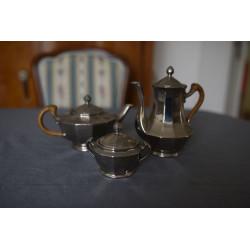 Porcelánové čajové konvice...